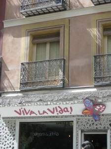 """""""¡Viva la vida!""""-tasca madrileña."""