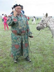 Jinete mongol poniéndose al día.